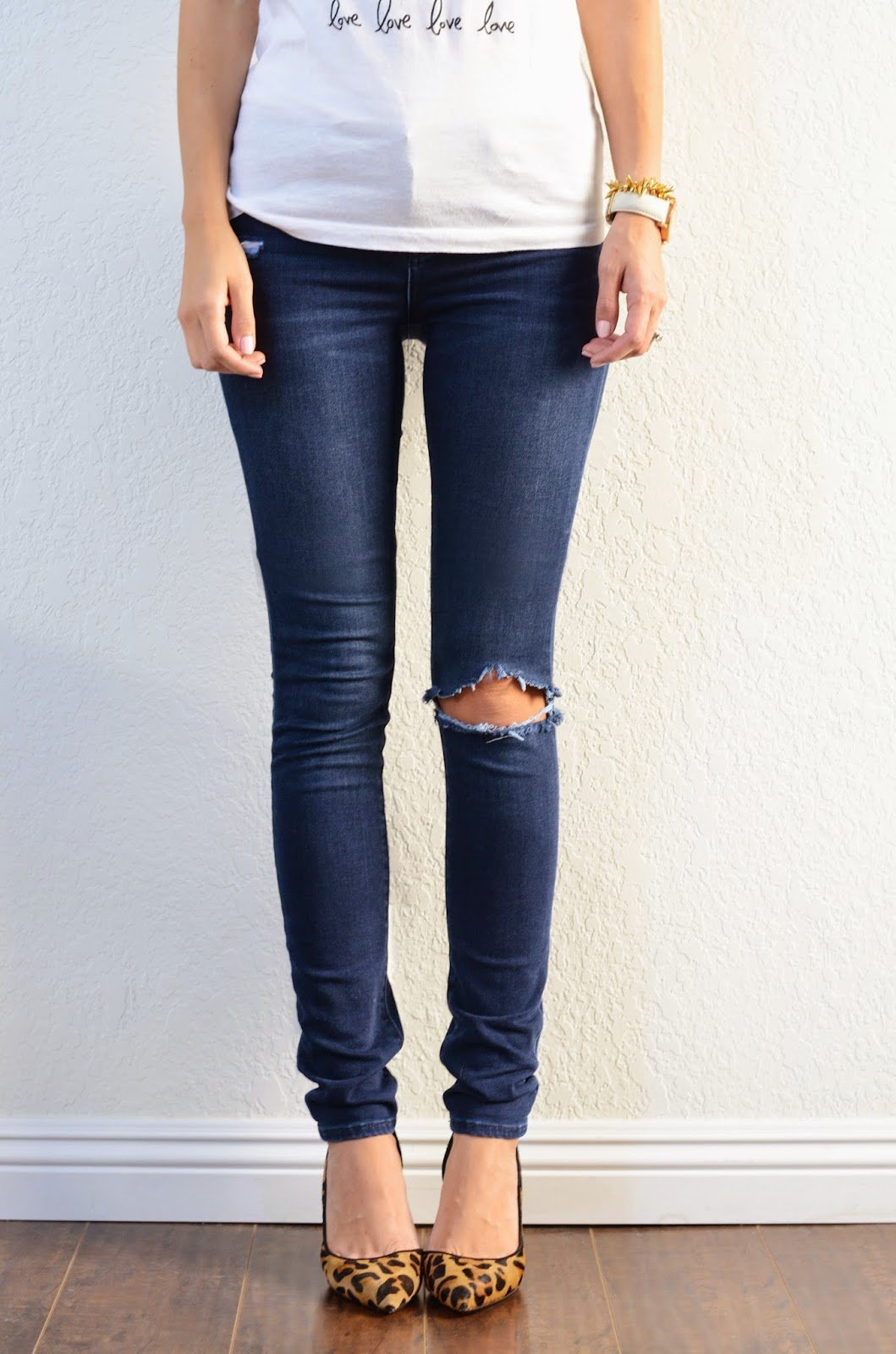 3802222328a DIY FRIDAY QUICK FIX: HEMMING JEANS (+ KEEPING THE ORIGINAL HEM ...