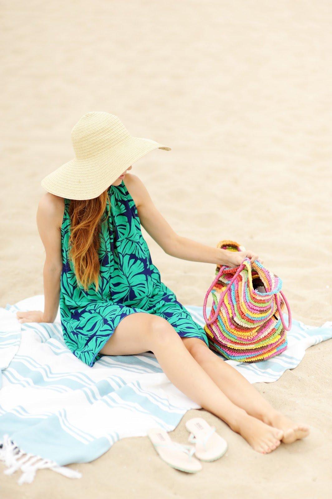 DIY FRIDAY: PLEATED PALM LEAF PRINT BEACH DRESS (SEWING TUTORIAL) | Merrick's Art