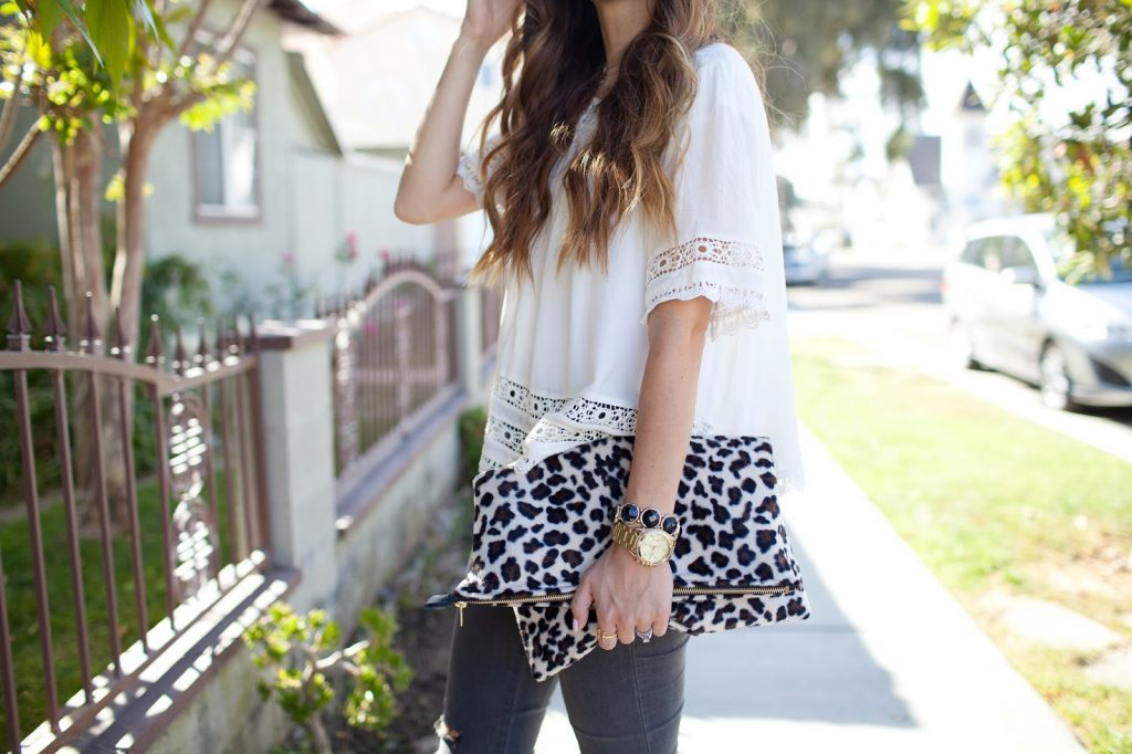 Merrick's Art DIY Leopard Clutch