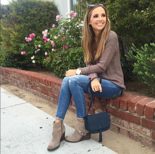 sweater-and-jeans