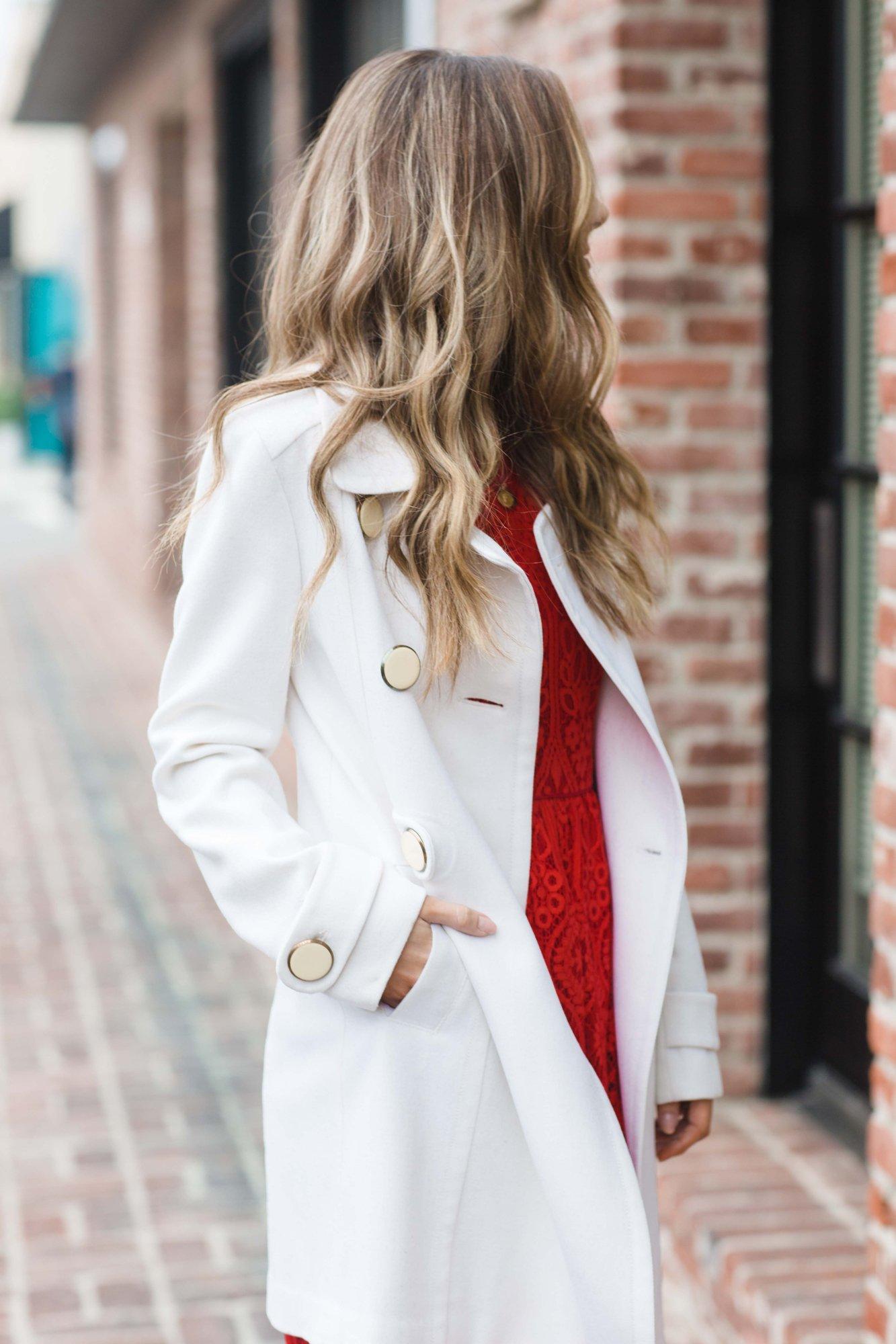 Merrick's Art White Coat