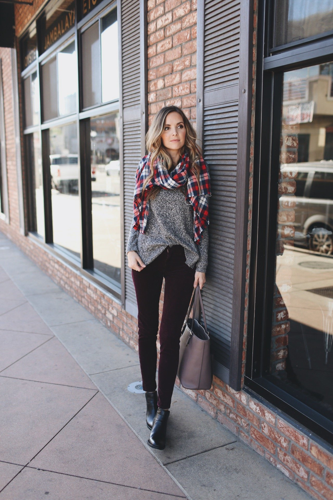 Merrick's Art Casual Holiday Look with American Eagle
