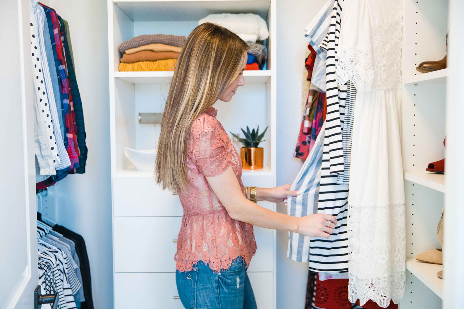 7 tips for storing off season clothes