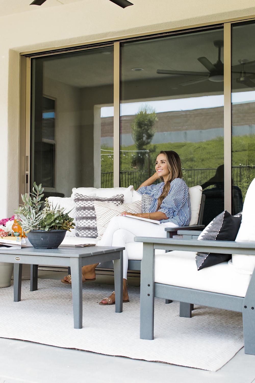 Merrick's Art Outdoor Living Room
