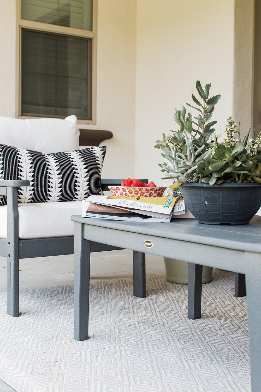 Merrick's Art Polywood Coffee Table