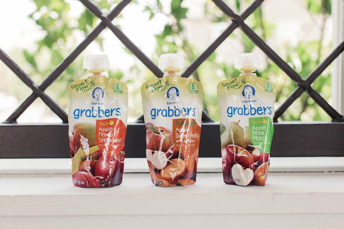 merricksart.com | Gerber Grabber pouches with a new smart flow spout makes for less spills!