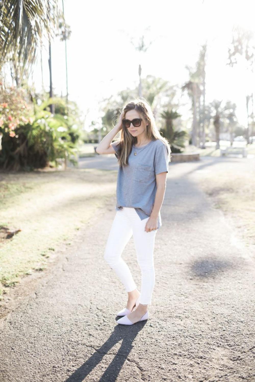 merricksart.com | basic tee and white jeans