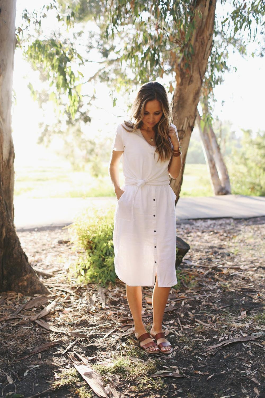 merricksart.com | white skirt and top