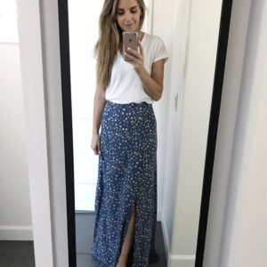 maxi skirt and white t-shirt | merricksart.com