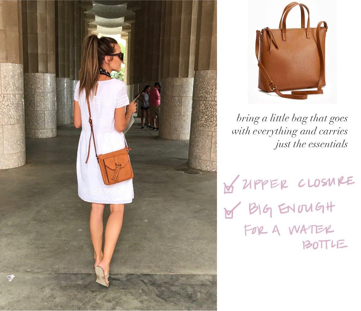 an easy bag to carry all around Europe | merricksart.com
