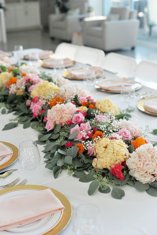 merricksart.com gold and pink table decorations