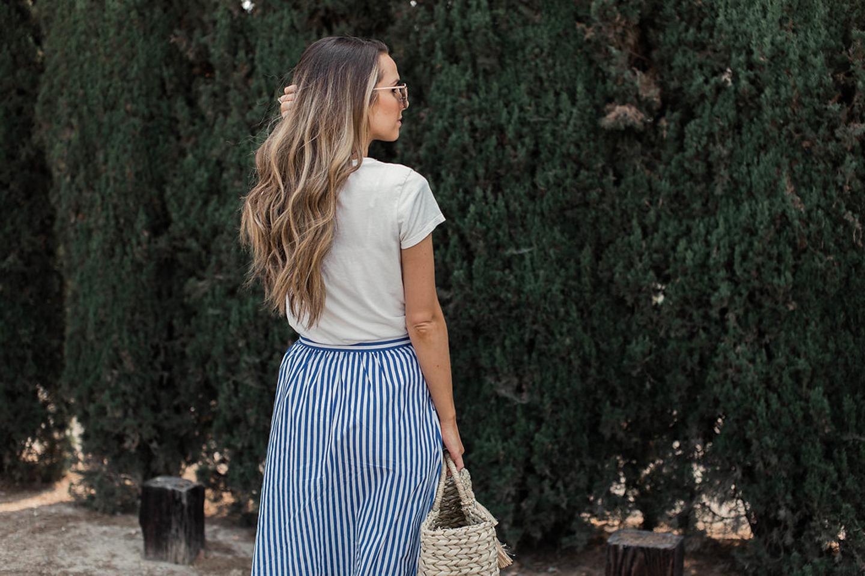 merricksart.com white tshirt and skirt