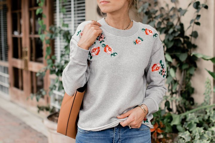 the prettiest embroidered sweatshirt | merricksart.com