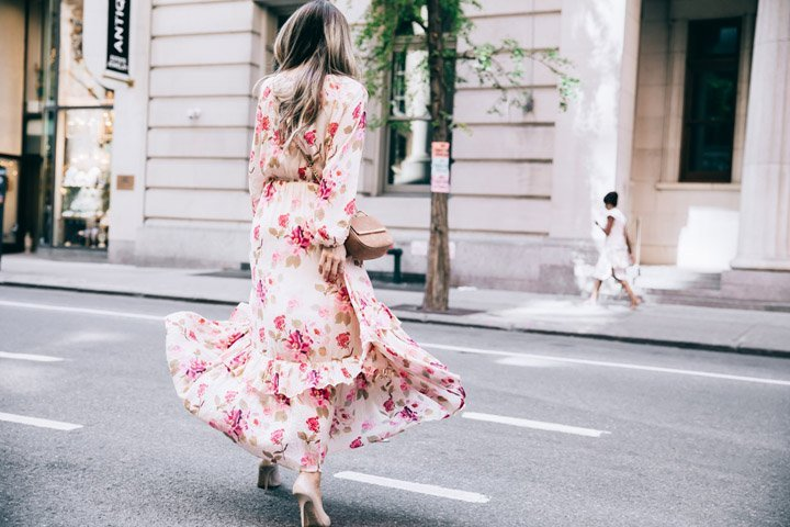 the prettiest floral maxi dress