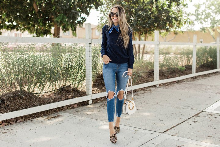 an easy outfit for transitioning to fall