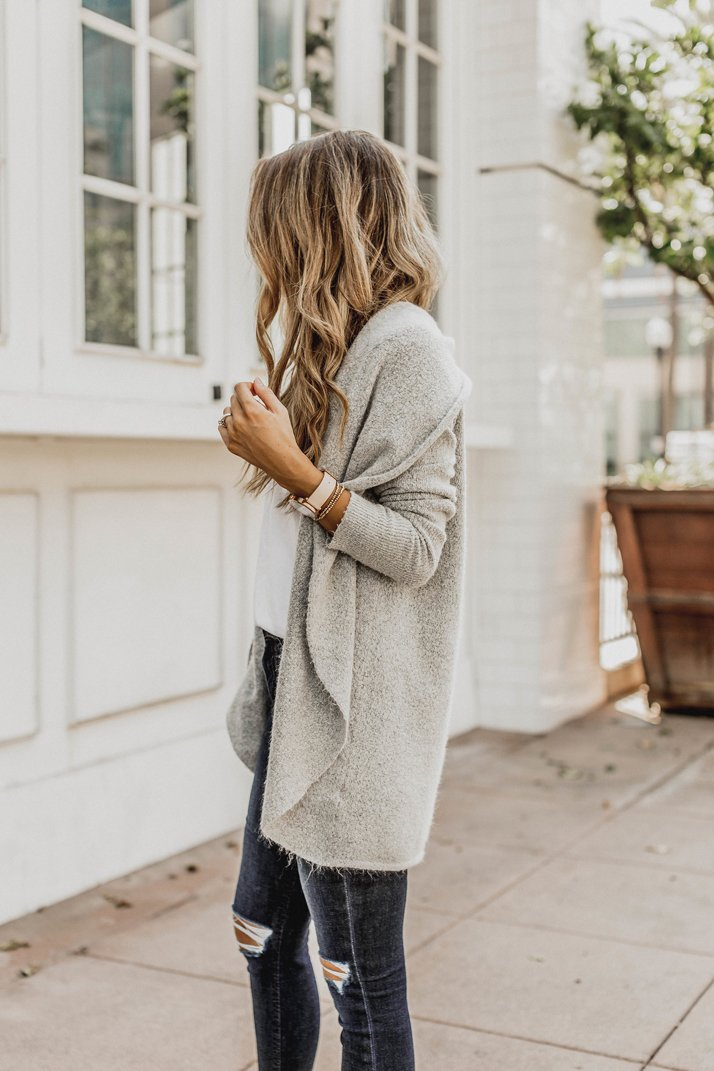 a slouchy cardigan is a must for fall!