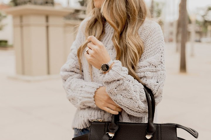 Black and silver daniel wellington watch