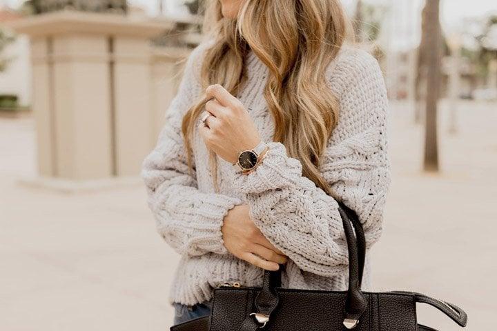 Black and silver daniel wellington watch