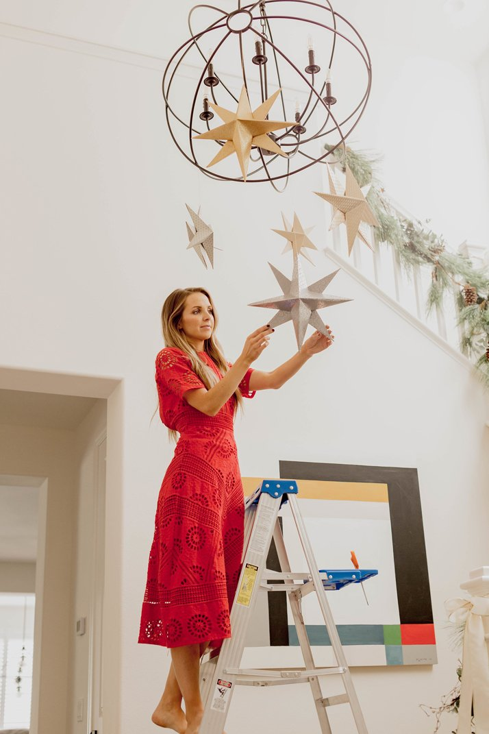 How to put up hanging stars in your home