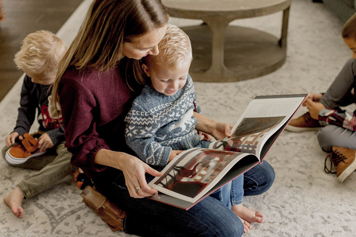 reading christmas books