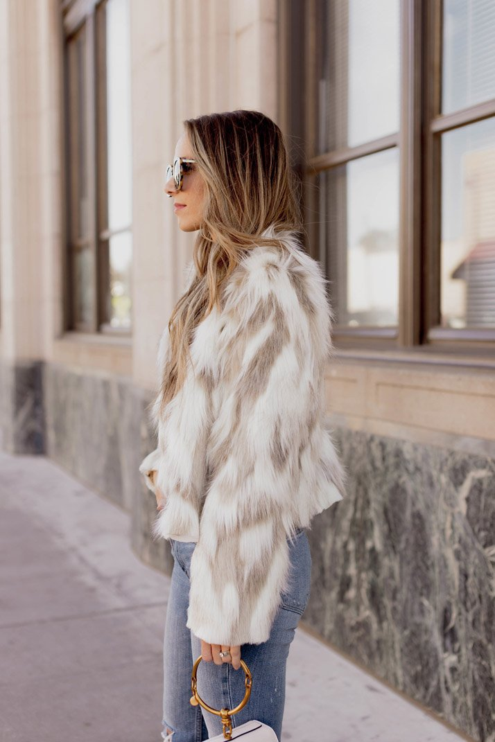 an easy sewing tutorial to make a faux fur coat