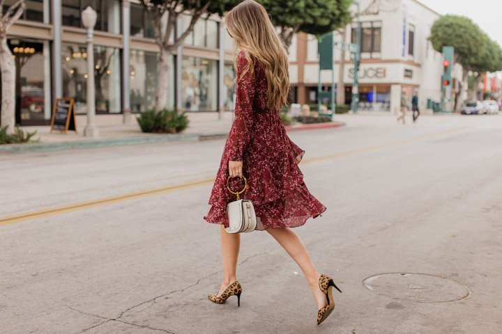 how to mix prints in an outfit