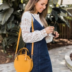 The prettiest round bag for spring