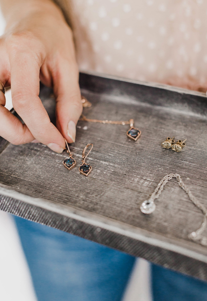simple, delicate jewelry makes an outfit