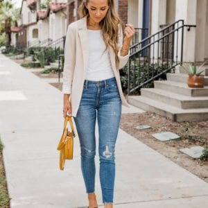 an easy outfit for work if you can wear blue jeans