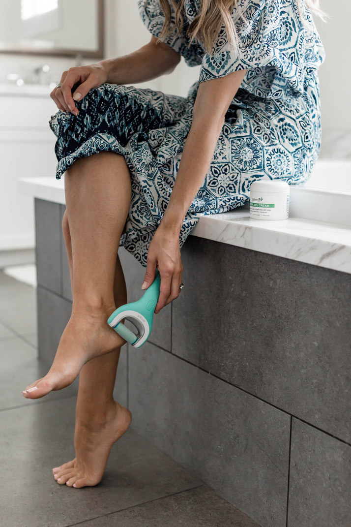 this foot file is so perfect for getting your feet ready for summer