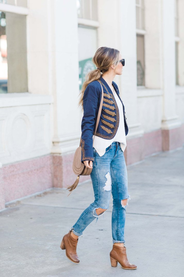 half tucked sweater into jeans