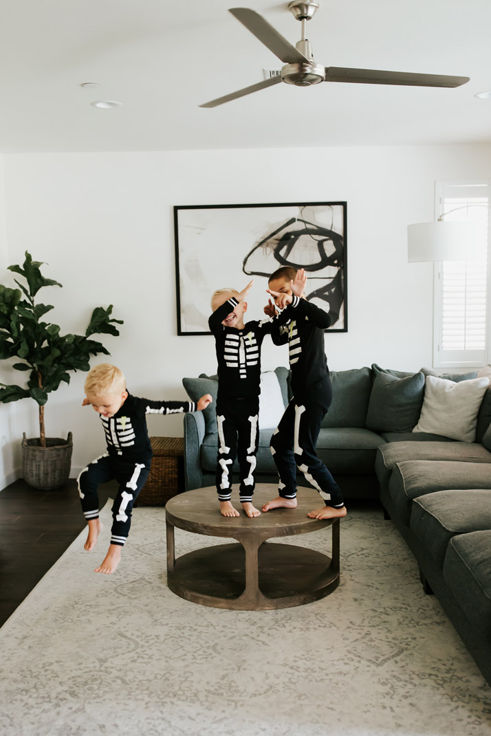 skeleton pajamas for the kids