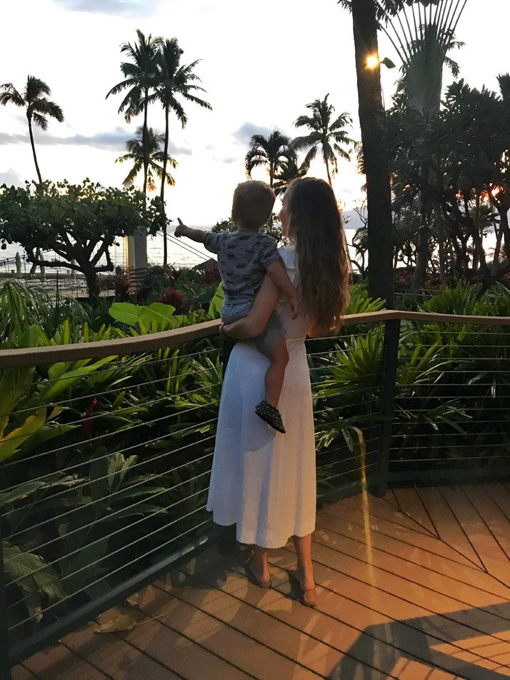 traveling to hawaii with our family without breaking the bank