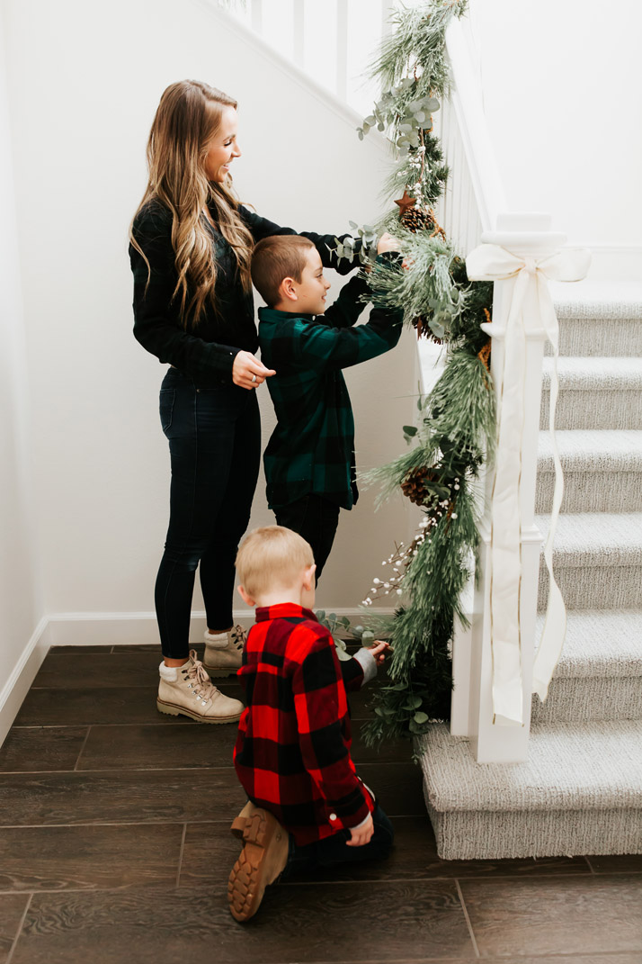 comfortable an cute holiday clothes for boys Abercrombie Kids