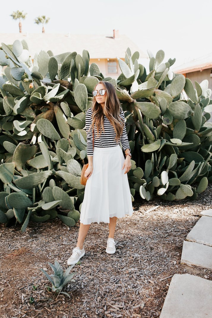 how to wear sneakers with a midi skirt