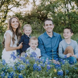family pictures bluebonnets