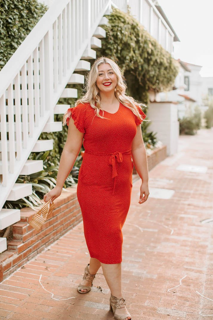 the anywhere dress looks amazing on plus size!
