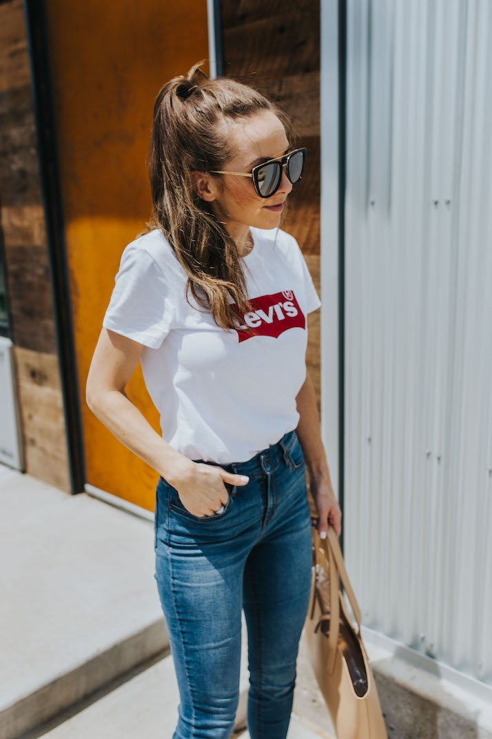 summer looks with jeans