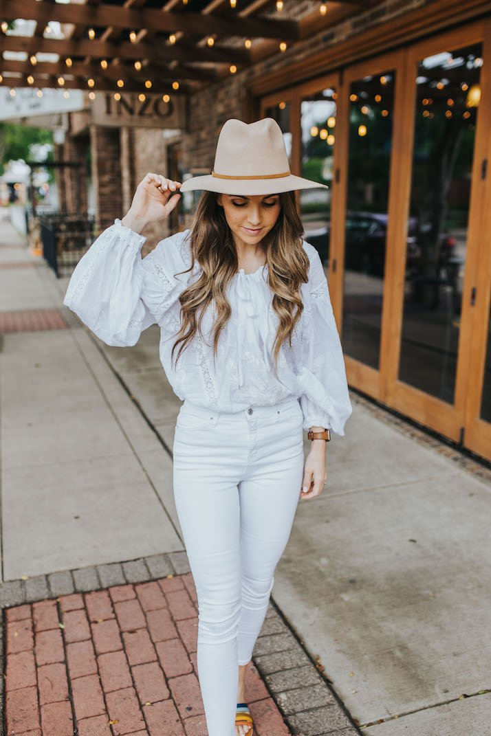 an easy monochromatic outfit for summer