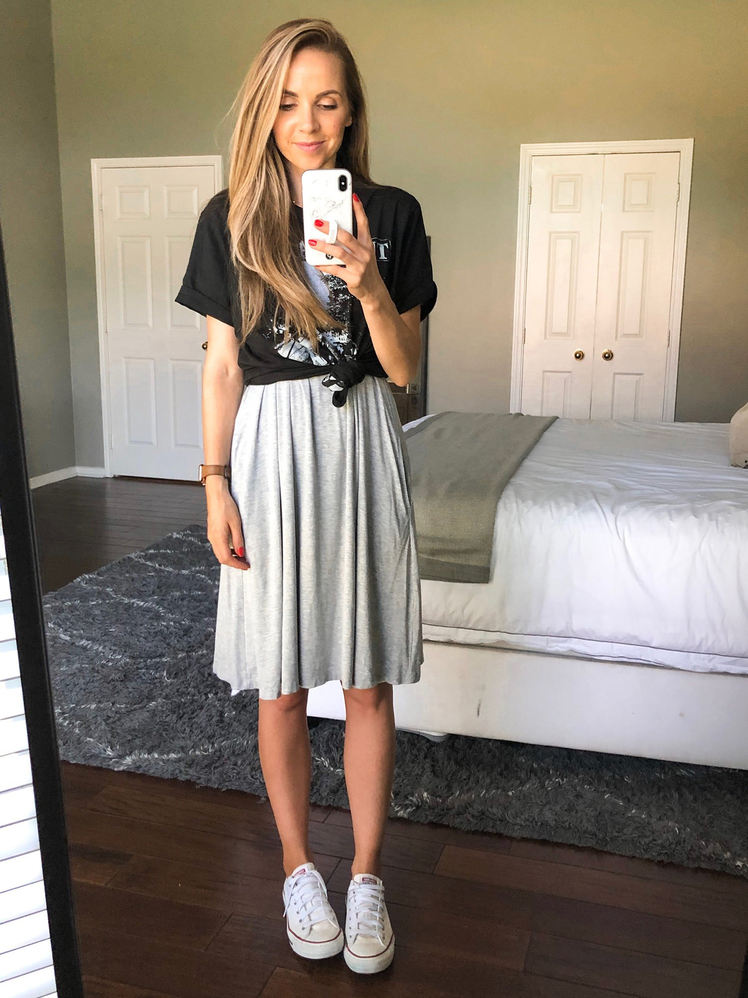 graphic tee with gray dress