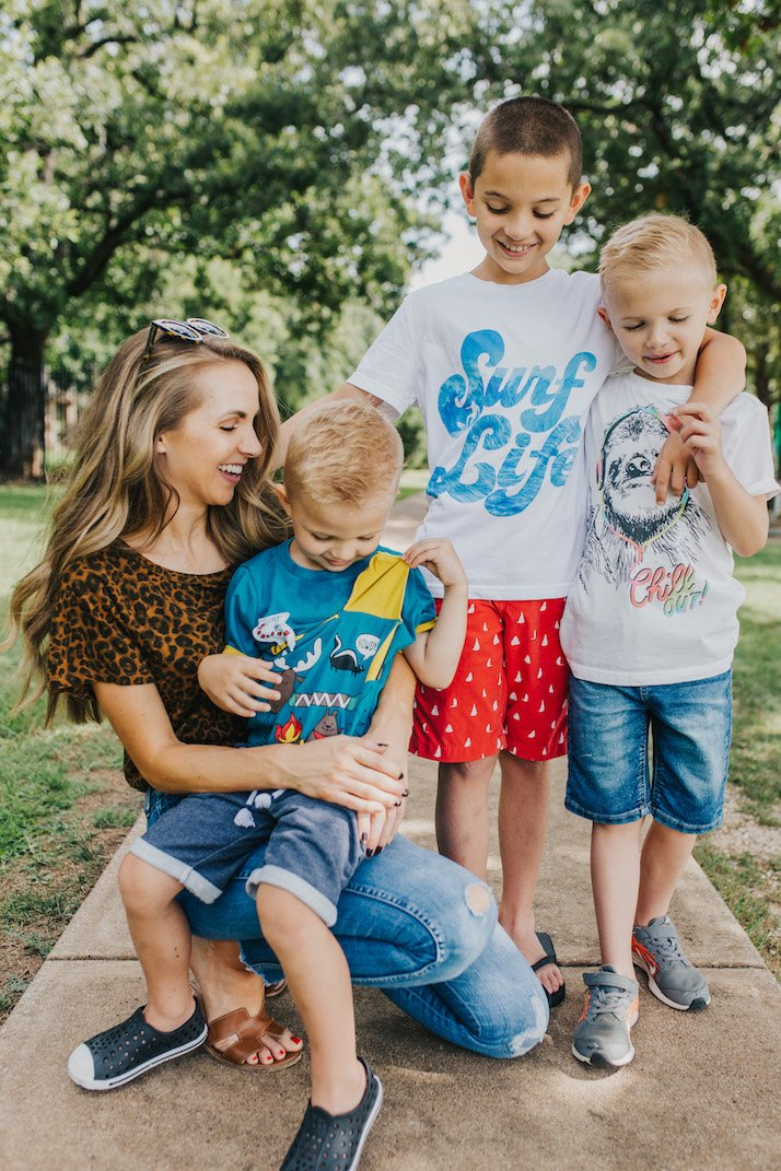 trying out stitch fix kids with my boys