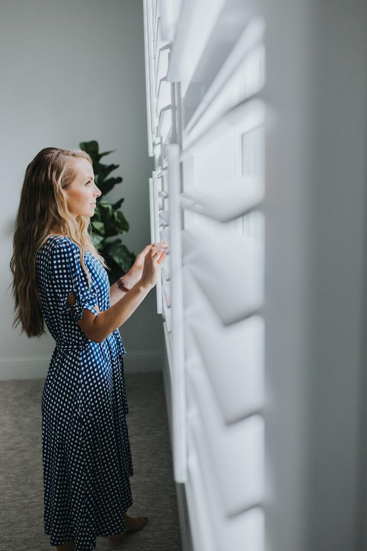 budget blinds custom shutters