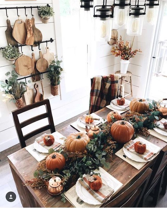 gorgeous fall tablescape for a fall fest dinner