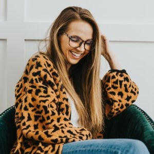 leopard cardigan and glasses
