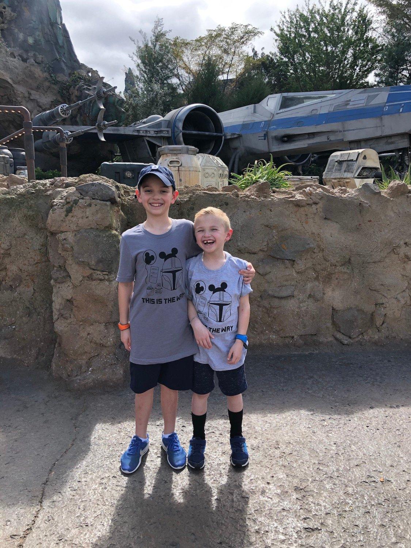 cute disney world outfits boys at star wars land in disney world