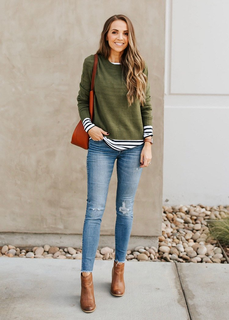striped shirt outfit