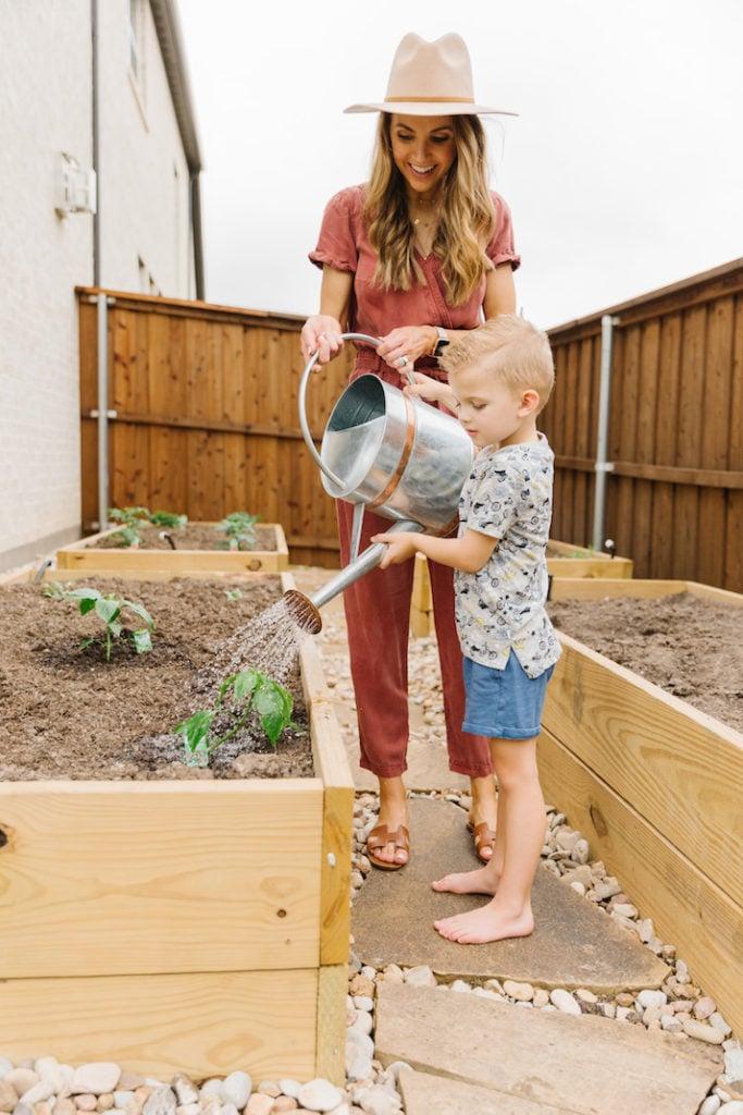 gardening with Sanny