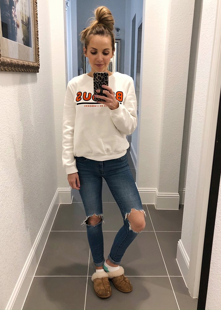 weekend recap - white sweatshirt and jeans