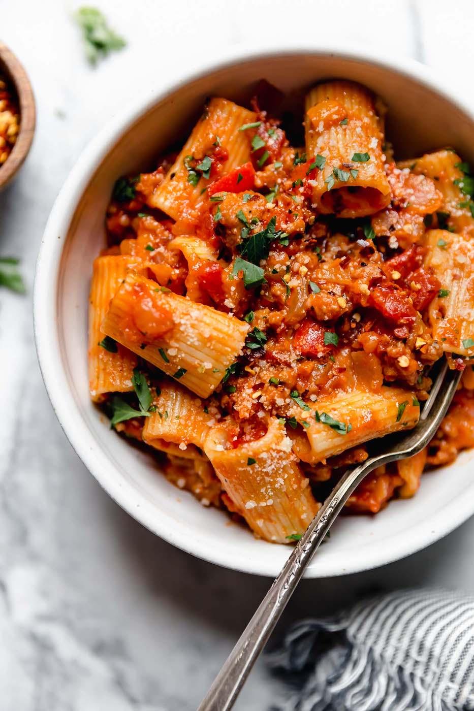 weekly menu - sausage pepper pasta
