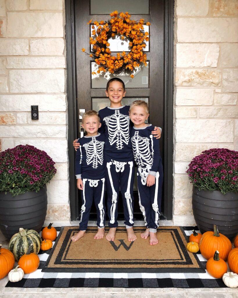 kids halloween pajamas